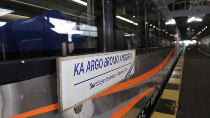 KA Argo Bromo Anggrek