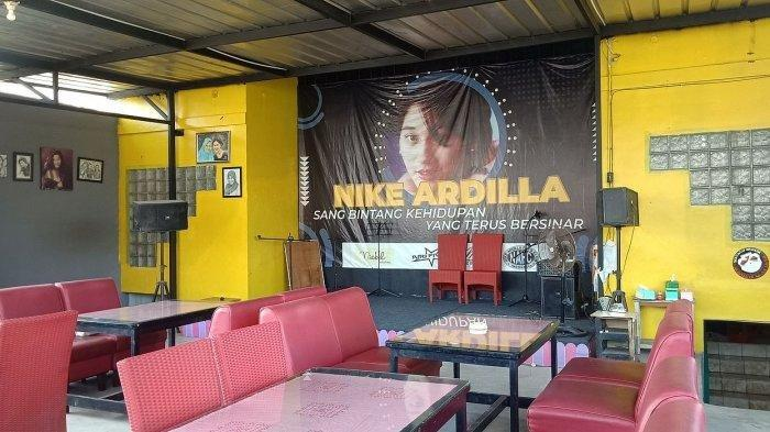 Di Bandung, Ada Kafe Bintang Kehidupan yang Jadi Tempat Kumpul Fans Nike Ardilla