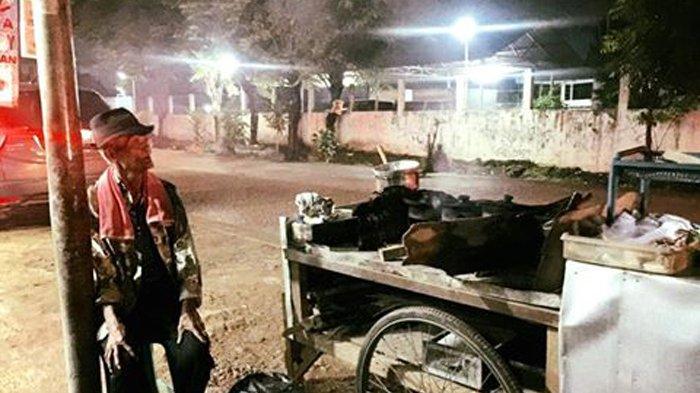 Viral Media Sosial - Kakek Penjual Serabi yang Sepi Pembeli, Setelah Dicicipi Rasanya Tak Disangka