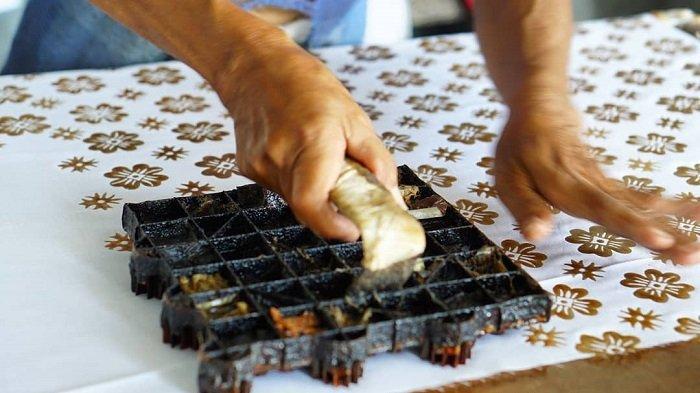 7 Kampung di Indonesia untuk Belanja dan Belajar Batik