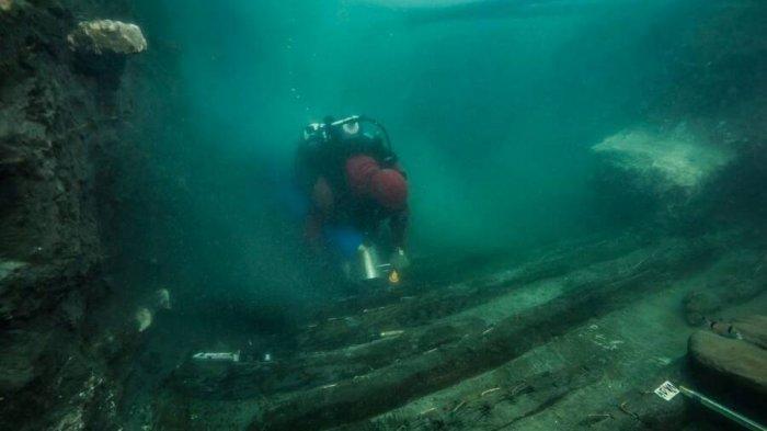 Arkeolog Temukan Bangkai Kapal Militer Berusia 2.200 Tahun di Kota Mesir Kuno yang Tenggelam