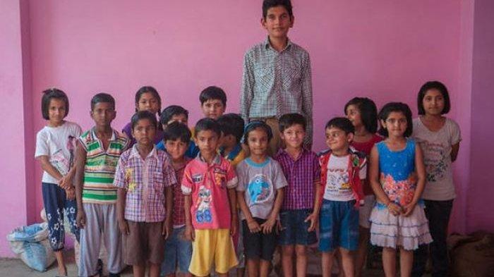 Karan Singh - Ajaib! Baru 8 Tahun Bocah di India Ini Tingginya Sudah 1,98 Meter, Makannya Apa Ya?