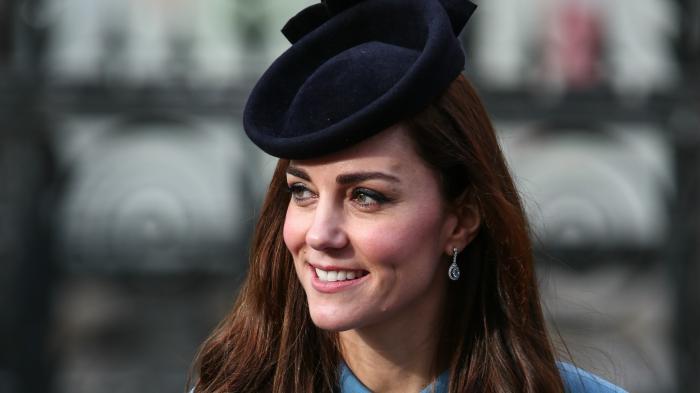 6 Trik Terlihat Sempurna di Foto ala Kate Middleton, Coba Duduk dengan Anggun dan Tampil Natural
