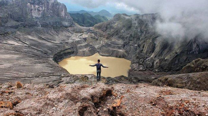 5 Tahun Pasca Erupsi, Kawah Gunung Kelud Semakin Menawan, Intip Keindahannya - Tribun Travel
