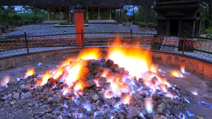 Kayangan Api Bojonegoro - Mengulik Misteri Dibalik Api yang Tak Pernah Padam Sejak Zaman Majapahit