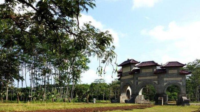 Kebun Raya Indrokilo di Boyolali, rencananya rampung pada 2019.