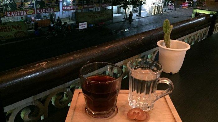 Kedai Kopi Pak Agus, Tempat Ngopi Kekinian di Pasar Gede Solo yang Tradisional