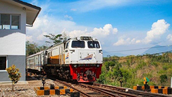 KA Reguler kembali Beroperasi, Begini Cara Beli Tiket Kereta Api Secara Online