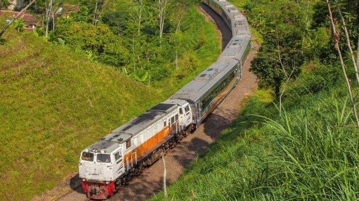 Kereta Api Indonesia.