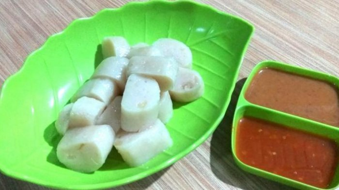 Kerupuk Basah, Kuliner Khas Kapuas Hulu yang Mirip dengan Pempek Palembang