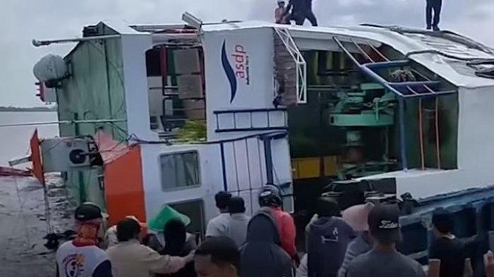TRAVEL UPDATE: Kapal Ferry Terguling dan Tenggelam di Kalbar, Basarnas Masih Selidiki Penyebabnya