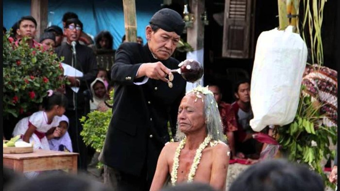 Menikahi Peri Hingga Jasad, Ini 5 Pernikahan Paling Tak Lazim di Dunia. Indonesia Ada