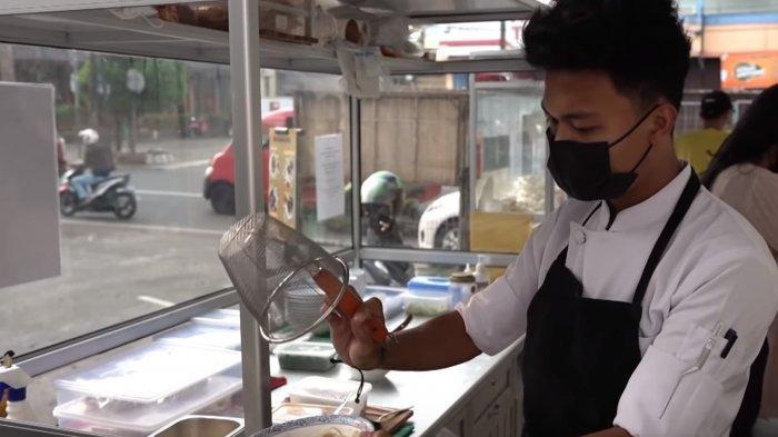 Eks Koki Muda di Dubai Jualan Mi Ayam di Bintaro, Harga Seporsi Mulai dari Rp 20 Ribuan