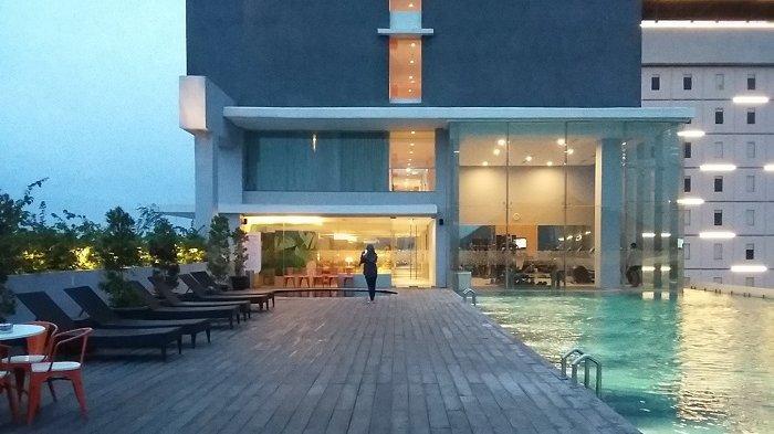 Kolam Renang Harris Hotel Solo Dibuka untuk Umum, Cek Tarif dan Fasilitasnya yuk!