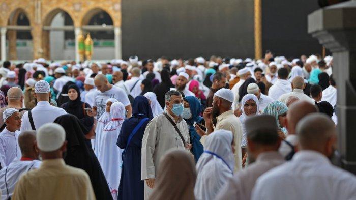 Kondisi Kabah di Mekah sebelum visa Umrah ditangguhkan
