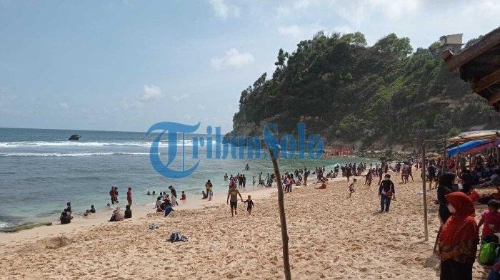 Kondisi pantai Nampu usai dibuka buka saat Wonogiri PPKM Level 2, Minggu (10/10/2021)