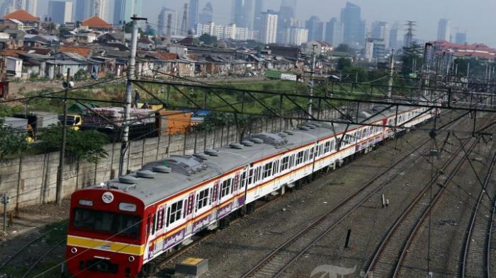 Catat! Mulai 3 Mei, Stasiun Tanah Abang Tak Layani Naik Turunnya Penumpang KRL di Jam Ini