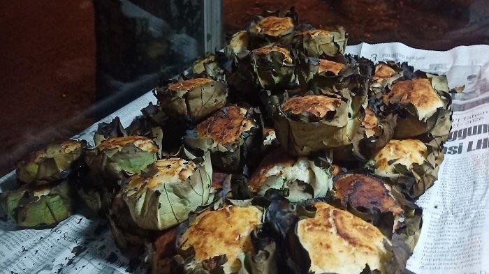 Mencicipi Kue Singgang, Kuliner Tradisional Minang yang Mudah Ditemukan di Kota Padang