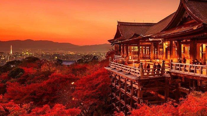 Panduan Wisata Lengkap ke Kuil Kiyomizudera Kyoto saat Musim Sakura