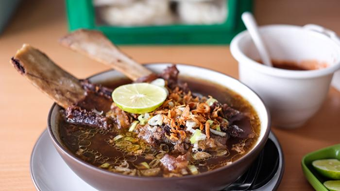 Selain Coto dan Sop Konro, 16 Kuliner Khas Makassar Ini Tak Boleh Dilewatkan
