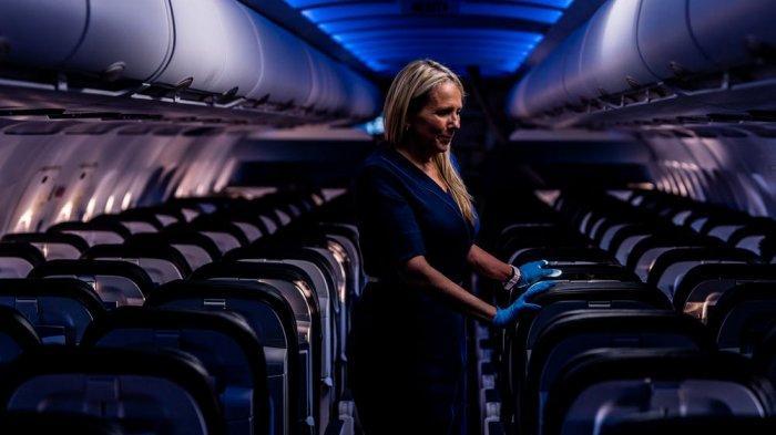 Pramugari Ini Bagikan 13 Tips Tetap Aman di Pesawat dan Hotel Lewat TikTok