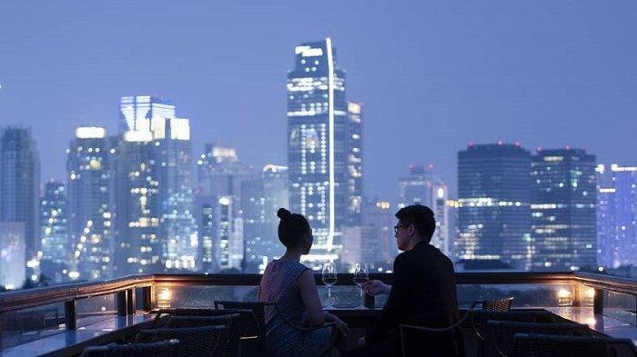 10 Restoran Rooftop di Jakarta Buat Makan Malam Valentine Nan Romantis