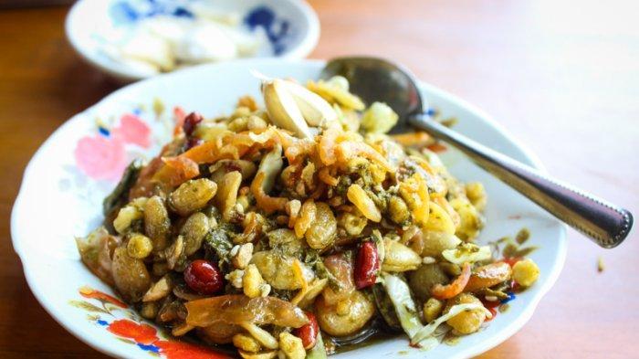 4 Sajian Khas Myanmar, Mulai Salad Daun Teh hingga Sajian Ketan Hitam dan Putih