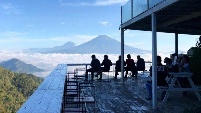 Harga Tiket Masuk Tumpeng Menoreh 2021, Bisa Melihat Keindahan Gunung Merapi, Merbabu, dan Sindoro