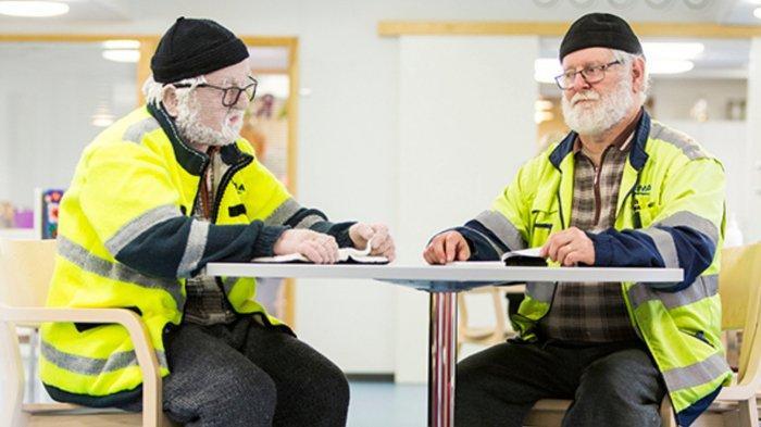 Liisa Hietanen, Seniman Asal Finlandia yang Berhasil Buat Manekin Manusia dari Rajutan