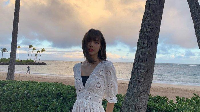 Lisa Blackpink Liburan ke Hawaii, Main ke Pantai dan Air Terjun