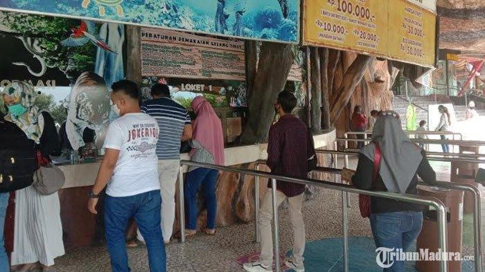 Loket tiket Jatim Park 2 di Kota Batu, Minggu (28/6/2020).