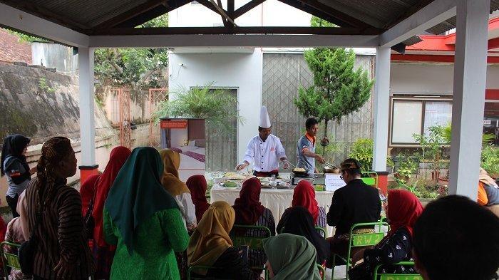 Rayakan Hari Kartini, Tjokro Hotel Klaten Ajak Peserta Laki-Laki Ikut Cooking Class dan Lomba Masak