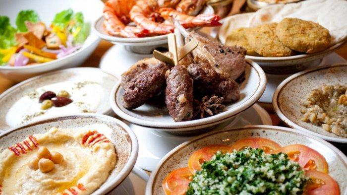 4 Menu Makan Wajib untuk Sahur di Bulan Ramadan