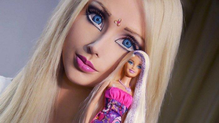 Demi Terlihat Mirip Barbie, 5 Perempuan Ini Rela Jalani Operasi Hingga Habiskan Uang Miliaran Rupiah