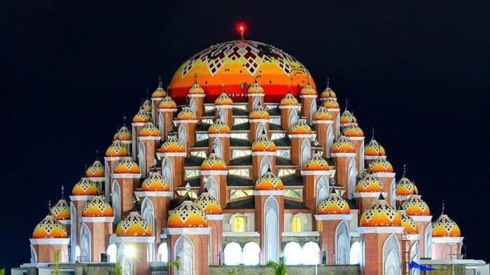Megahnya Arsitektur Masjid 99 Kubah di Makassar, Mulai Beroperasi Saat Ramadan Nanti