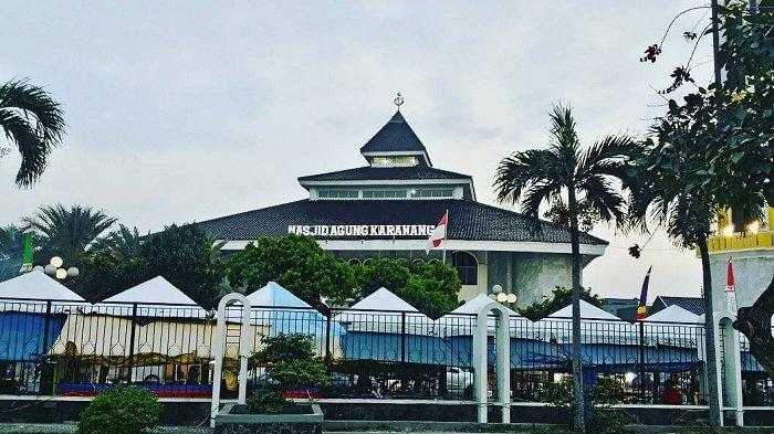 Sejarah Masjid Agung Karawang, Masjid Tertua di Pulau Jawa