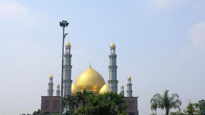 Dikenal dengan Masjid Kubah Emas, Masjid di Pinggiran Depok Ini Bisa Tampung 20 Ribu Jemaah