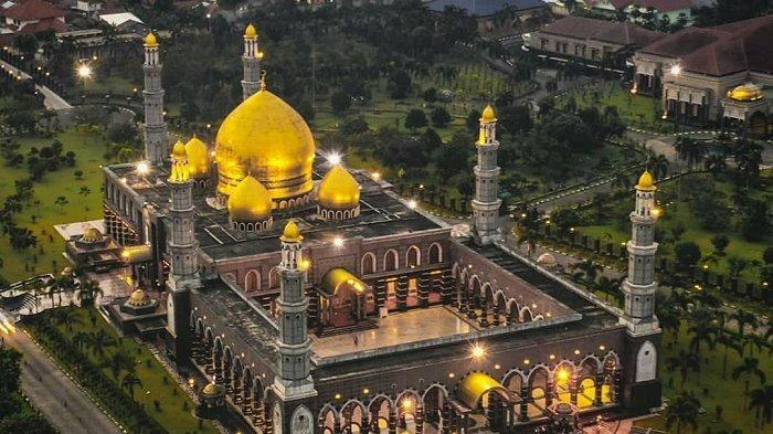 Melihat Megahnya Masjid Kubah Emas Depok, Destinasi Wisata Religi di Bulan Ramadan