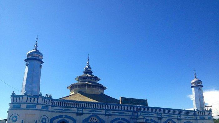 Masjid Raya Gantiang, Masjid Tertua di Padang Tempat Soekarno Mengungsi