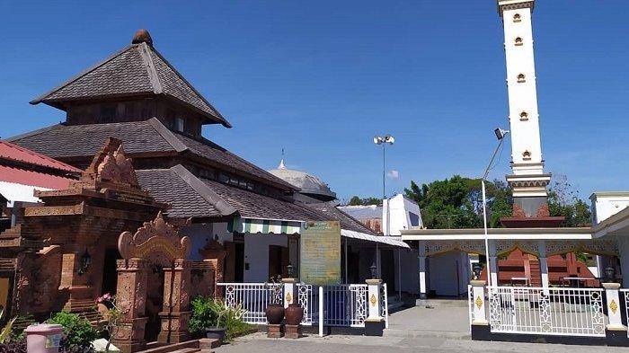 Melihat Keunikan Masjid Kiai Muhammad Besari Ponorogo, Kubahnya Terbuat dari Tanah Liat