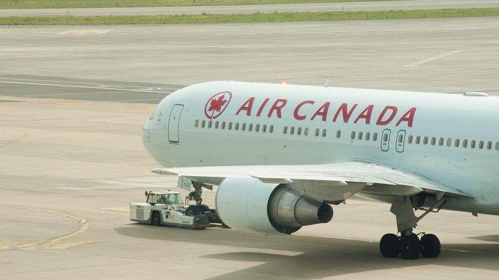 Dua Penerbangan Ditunda Setelah Pesawat dan Truk Katering Terlibat Kecelakaan