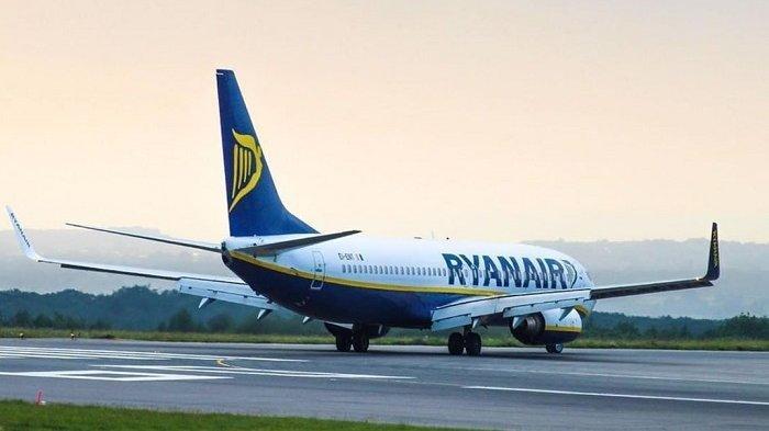 Pesawat maskapai Ryanair