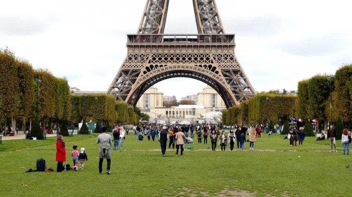 4 Destinasi Populer di Paris Selain Menara Eiffel