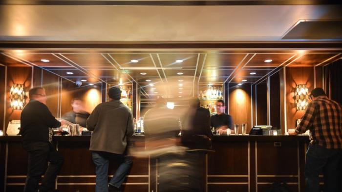 7 Etika yang Harus Diperhatikan saat Menginap di Hotel Bintang