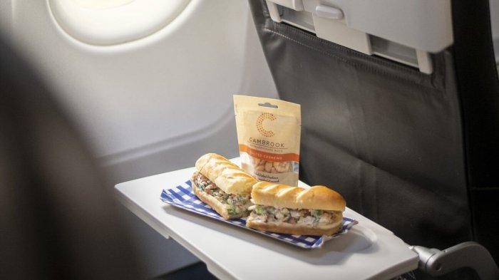 Koki Terkenal Ini Rancang Menu Makanan Mewah untuk Penerbangan Kelas Ekonomi Maskapai Inggris