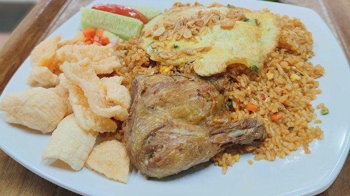 3 Nasi Goreng Paling Enak di Medan, Ada yang Disajikan dengan Topping Seafood Melimpah