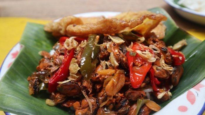 Sajikan Makanan Rumahan, Yuk Cicipi Kuliner di Warung Kopi Imah Babaturan Bandung