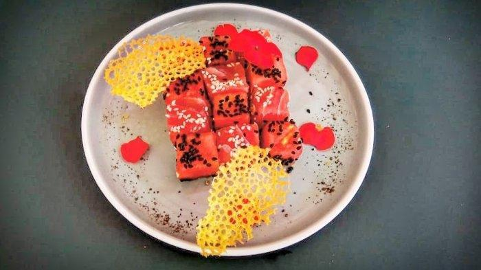 Disajikan dengan Buah Semangka, Begini Gurih dan Segarnya Sajian Tuna Tartare