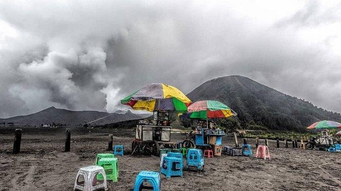 Gunung Bromo Tetap Aman Dikunjungi Meski Erupsi dan Semburkan Abu Vulkanik