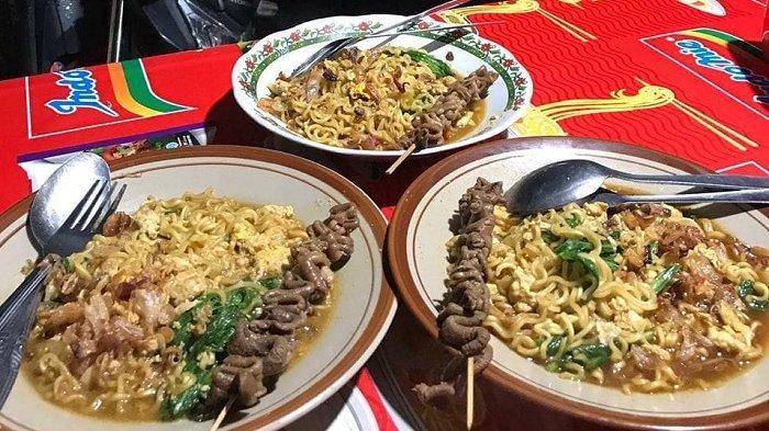 Icip Lezatnya Mi Nyemek Bu Siti, Kuliner Legendaris di Jogja yang Selalu Ramai Pembeli
